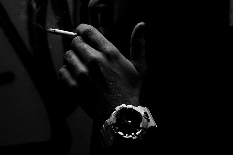 cigarette-2998071_960_720